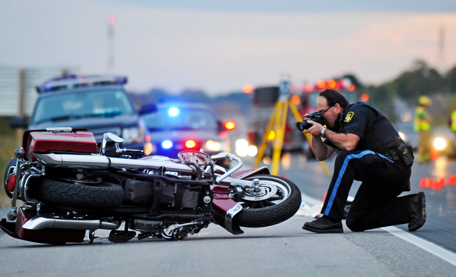 Motorcycle accident crash1 |